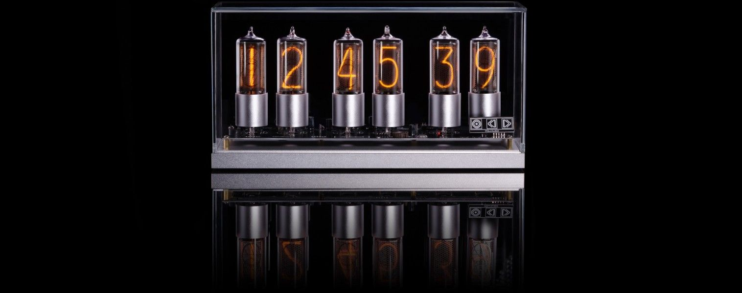 ZIN-18 nixie clock in silver aluminium case – buy from e